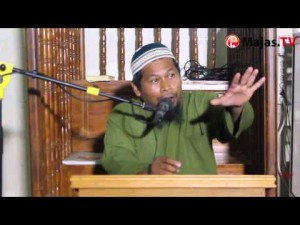 Adab-Adab Persaudaraan: Menebarkan Salam